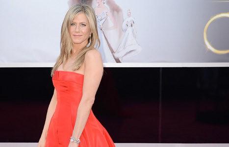 Jennifer Aniston en la ceremonia de entrega de los Oscar 2013