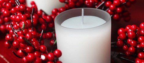 Las velas blancas suelen oler a azahar