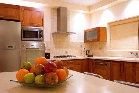 La cocina debe ser cálida y contar con una pequeña mesa donde desayunar