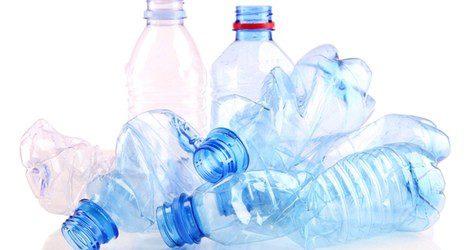 Es necesario llevar una botella de agua para completa el ritual