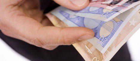 Acuario suele ser ahorrador pero debe controlar sus gastos si no quiere arrepentirse