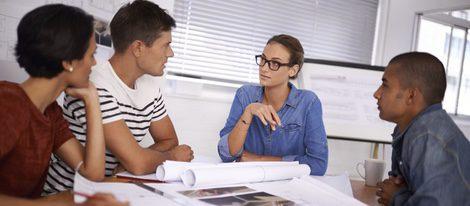 El trabajo está a tu favor, tanto si tienes como si no, es tu gran baza para este mes