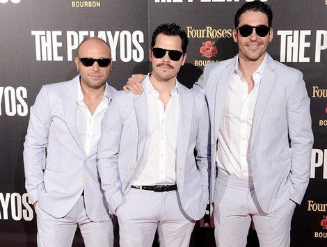 Vicente Romero, Oriol Vila y Miguel Ángel Silvestre en el estreno de 'The Pelayos'