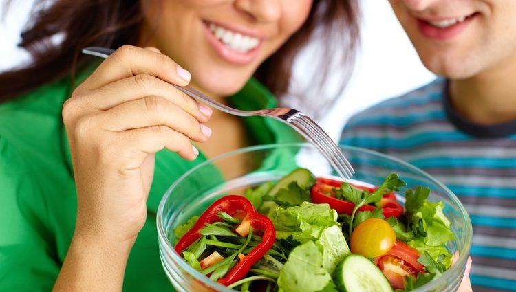 Cuida tu alimentación para no perjudicar tu salud