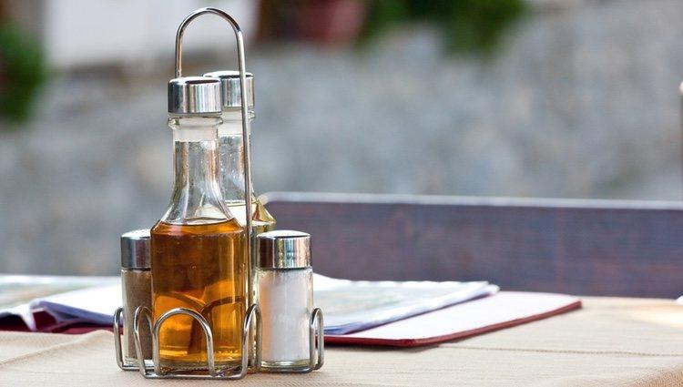 El vingre y la sal también son útiles para saber si sufres mal de ojo