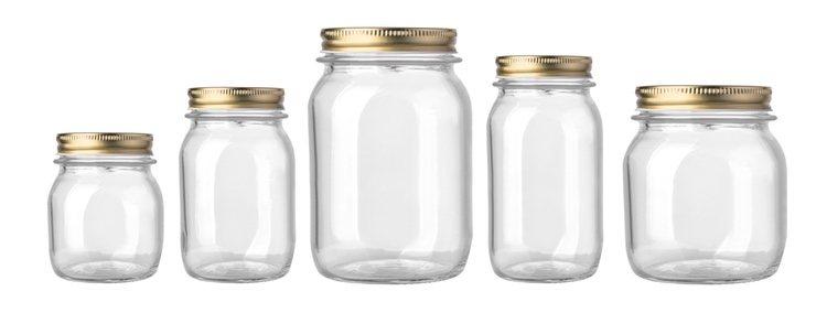 Cualquiera de estos frascos te servirá para tu ritual