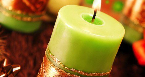 Las velas verdes se relacionan con la suerte y la abundancia