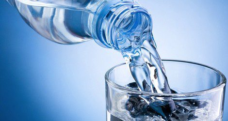 El agua sirve para purificarse