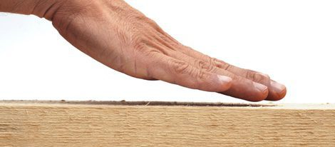 Superstición de tocar madera