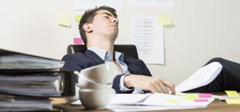 Necesitas recuperar horas de sueño