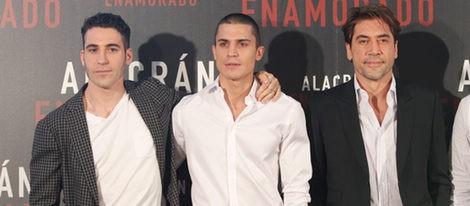 Miguel Ángel Silvestre, Álex González y Javier Bardem presentan 'Alacrán enamorado'