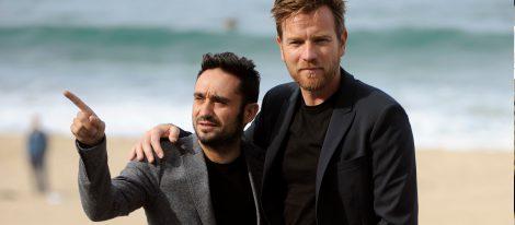 Ewan McGregor y Juan Antonio Bayona en el Festival de San Sebastián 2012
