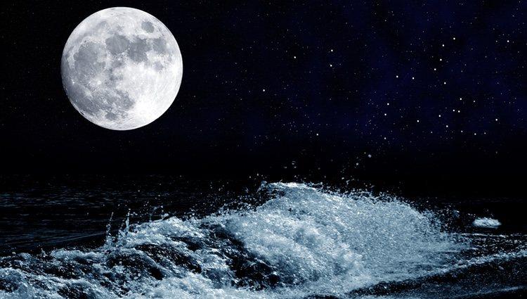 La luna afecta a las mareas
