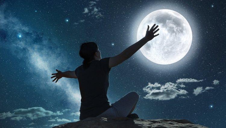 La superstición sobre la luna llena está muy extendida