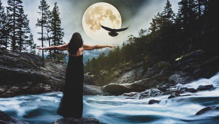 Hay personas que creen en la magia de la luna llena
