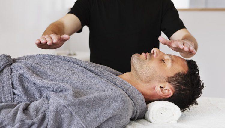 La práctica se inició de la mano de un budista especializado en medicina alternativa