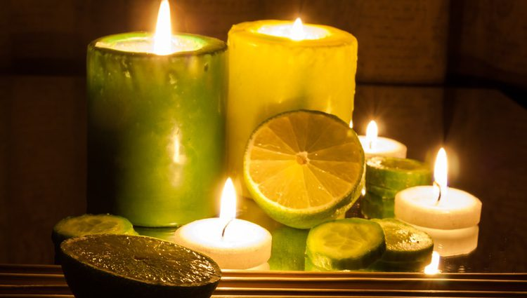 Las velas verdes se utilizan para atraer el dinero, la suerte, la abundancia o la fertilidad