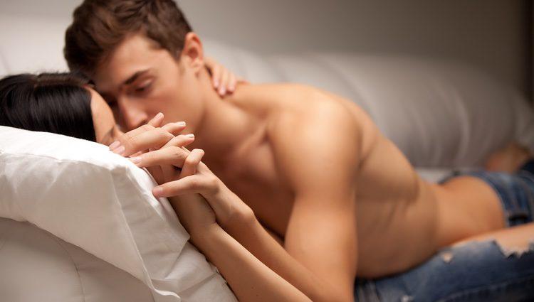 Aprovecha la confianza que tienes con tu pareja y disfruta en la cama