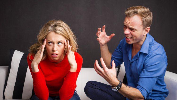 Conversar es fundamental para resolver los problemas de pareja