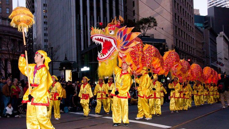 El Año Nuevo Chino se celebra en muchas partes del mundo con desfiles en las calles