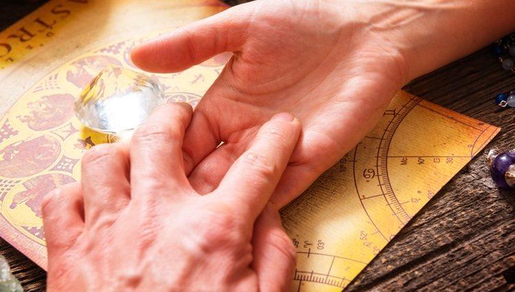 El mapa de las manos de la quiromancia se creó en el siglo XVII