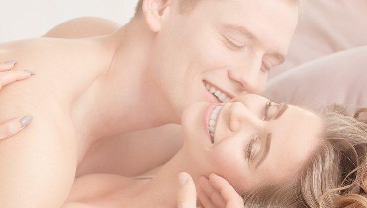 Hablar con tu pareja te ayudará a reavivar la llama de la pasión