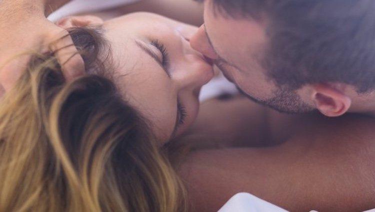 Es posible que acabes sintiendo algo más por esa persona con la que solo tienes sexo