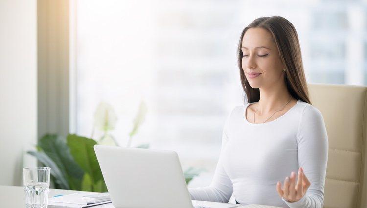 Aprende y practica técnicas de relajación para mejorar tu salud mental