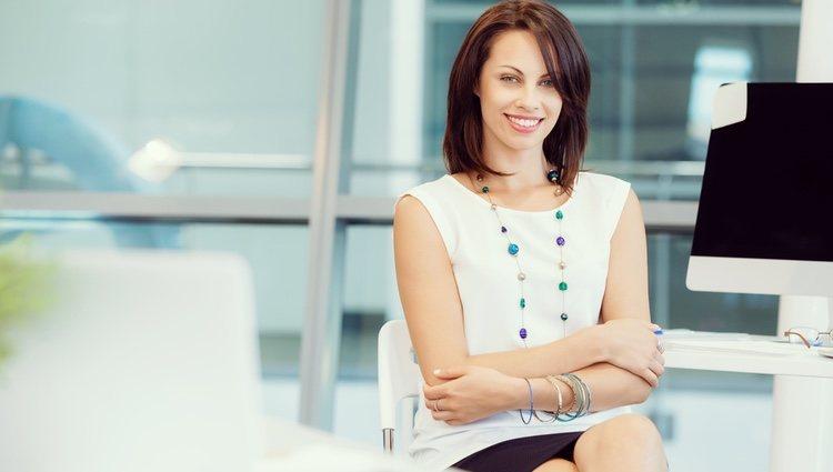 Para las mujeres Virgo las prendas clásicas no pasan de moda para sentirse cómodas y atraer buenas energías