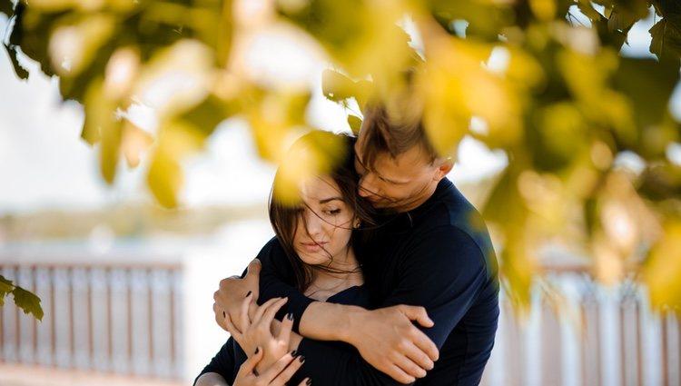 Esta negatividad esta pasando factura a tu relación, intenta ver la vida desde el lado bueno de las cosas