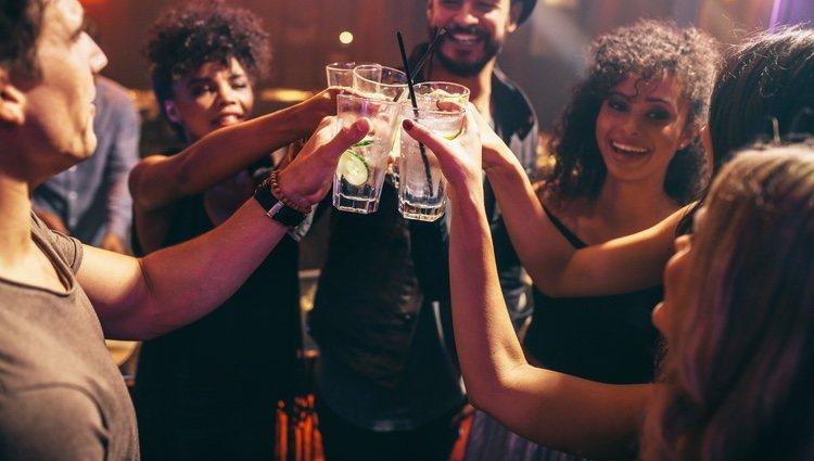 El exceso de alcohol puede dañarte