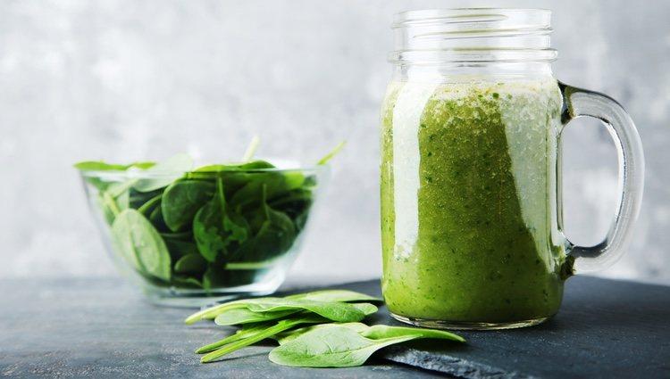 Toma batidos verdes para conseguir mejorar tu organismo despues de las Navidades