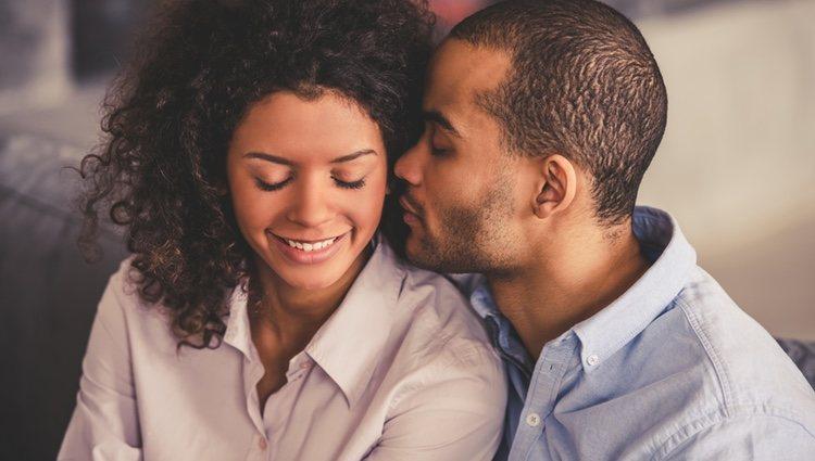 Libra debe apoyar a su pareja y estar ahí para ella, no te ciegues en conseguir tus objetivos y la descuides