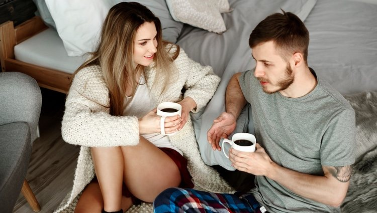 La comunicación con tu pareja ha mejorado pero tienes que seguir intentando dedicarle tiempo