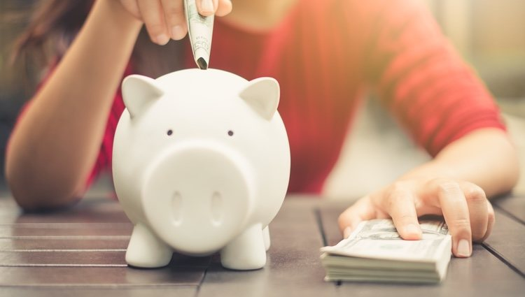 Necesitas ahorrar y no derrochar más dinero este mes