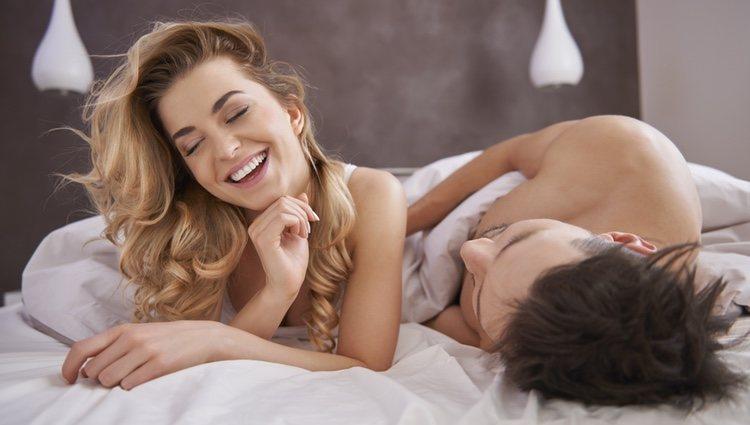 Debes mejorar la comunicación con tu pareja para descubrir qué os gusta más en tema de cama