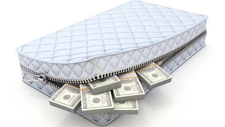 Gozarás de un colchón económico, pero no te confíes y gastes demasiado