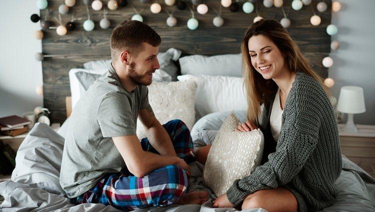 Siéntate a hablar con tu pareja y escúchala si quiere
