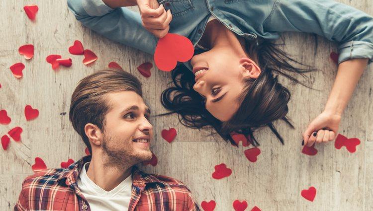 Este es el mes tu pareja se esforzará mas que nunca por mostrarte lo que siente