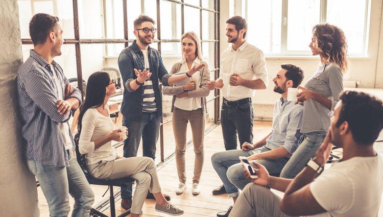 Aprovecha este mes para mejorar las relaciones con tus compañeros de trabajo
