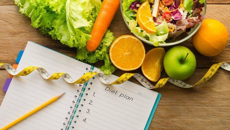 Debe empezar a planificar su dieta y dejar </p><p>a un lado las comida grasientas