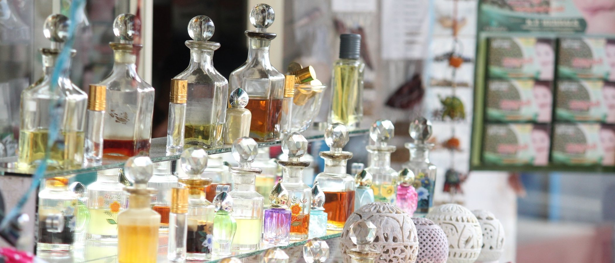 El perfume que deberías llevar según tu signo del Zodiaco